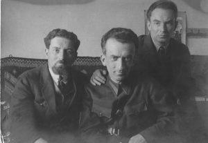 Братья Рогинские – Лев (слева), Александр (отец М. Рогинского),