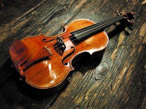 Скрипка работы Антонио Страдивари