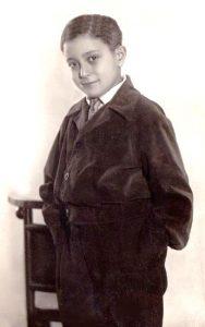 Лев Мирчин в детстве. Фото из семейного архива