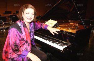 Брижит Анжерер (1952-2012), пианистка, ученица С.Нейгауза, лауреат международных конкурсов