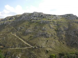 Матера, город пещерных жителей