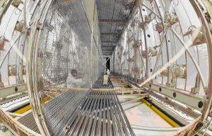 Рис.15. Детектор нейтрино ICARUS