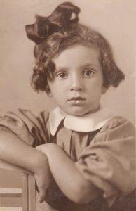 Белла Тышлер в детстве