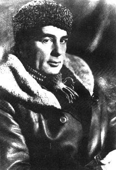 М.С.Наппельбаум[15]. Фотопортрет А.Тышлера в куртке, привезенной Л.Брик