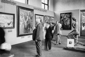«Ecce homo» Коринта на выставке в Мюнхене, 1937г.