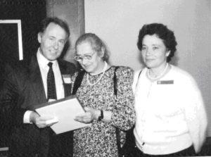 Валерий Сойфер, Елена Георгиевна Боннэр и Нина Сойфер во время встречи в Вашингтоне. 2006. Публикуется впервые