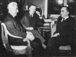 С.А. Альтшулер, Е.К. Завойский и Б.М. Козырев.