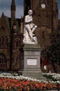 Памятник Бёрнсу в Дамфрисе, Шотландия