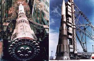 Советская лунная ракета Н1 в сборочном ангаре и на стартовой позиции