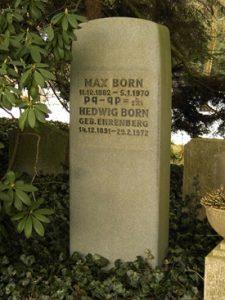 Памятник на могиле Макса и Хедвиг Борн