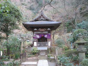Одна их храмовых построек Токейдзи