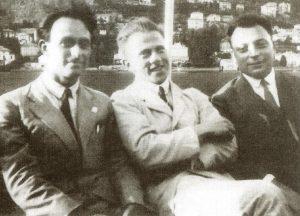 Во время прогулки по озеру Комо. Слева направо: Энрико Ферми, Вернер Гейзенберг, Вольфганг Паули