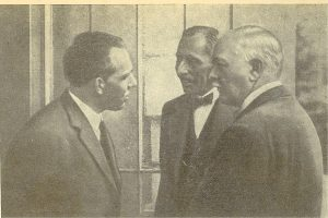 Во время конференции в Комо. Слева направо: Н.Бор, Ф. Пашен, Д. Мак-Леннан