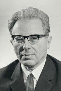 Иосиф Самуилович Шкловский