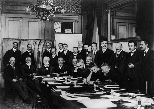 Участники первого Сольвеевского конгресса, 1911