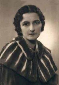 Варварa Петровнa Пузанòвa