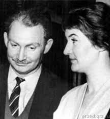 25. Борис Слуцкий с женой Таней (Татьяной Дашковской)