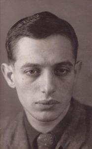 Борис Резников