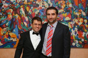 Автор (справа)  с Левоном Ароняном. Фото сделано на свадьбе Левона (Ереван, 2017)