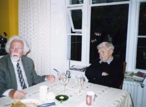 Жорес Медведев (слева) и Даниил Гранин (справа). Лондон 2005 г