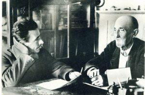 """И. Презент в гостях у Мичурина. Предположительно 1933 или 1934 г. (фото из архива автора, опубликовано впервые в кн. В. Сойфера """"Власть и наука"""", 1989)."""