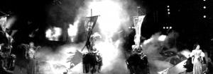 Санкт-Петербургский Мюзик холл. 2001 г.Режиссер Л. Рахлин. Художник В. Окунев.