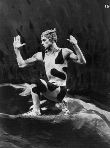 Рудольф Нуреев в роли фавна в балете «Послеполуденный отдых фавна»