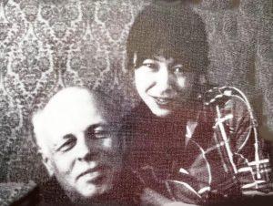 А.Д. Сахаров с Лизой Алексеевой. Горький. 1980