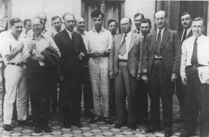 Н. Бор, Л. Ландау, Я. Френкель, В. Гордон, И. Тамм и другие участники Теоретической конференции в Харькове в 1934 году